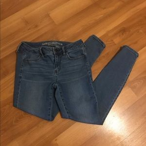 American Eagle Low-Rise Jeggings